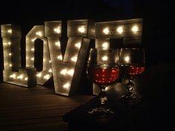 "Фотозона ""LOVE"""
