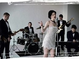Kvitana & Success band